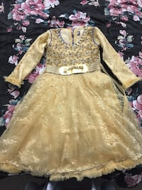 Little girls party dress. Size 28 Surrey, V3S 1X1
