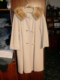 Sm/ med winter coat  Montgomery County, 45458