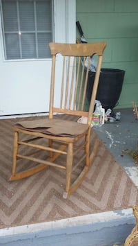 Reduced#Old rocker lamite coming loose but sturdy Salem, 24153