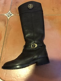 Tory Burch leather Boots 温哥华, V6L 1W6