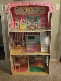Doll house Bothell