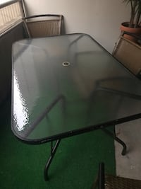 Selling only glass table , chairs are not for sale  Toronto, M4Y 2P3