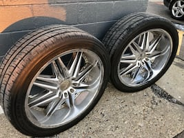 26 inch wheels and 4 like new Pirelli tires $1500