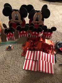 Mickey Mouse birthday supplies Manteca, 95337