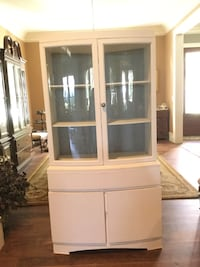 China Cabinet REDUCED Mount Pleasant, 29464