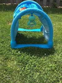 Children's blue camping tent Vaughan, L4J 7Y2