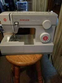 white Singer electric sewing machine Dickinson, 58601