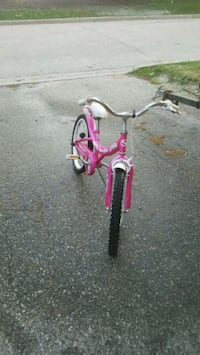 Pink bicycle for age of 8 and up Mississauga, L4Z 3P5