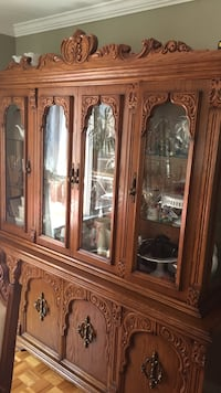 beautiful solid oak wood hutch - made in Italy Vaughan, L4H 1G4