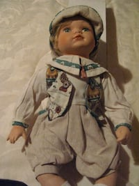 Doll w/Hat & Clothing Valrico