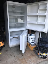 22cu ft Refrigerator freezer with optional ice maker never installed Taunton, 02780