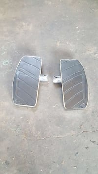 Chrome motorcycle foot pads make me a offer Edmonton, T5A 4T6