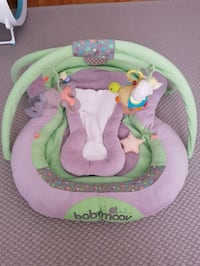 baby's pink and green bouncer LaSalle, H8N