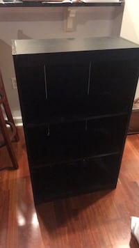 black wooden 3-drawer chest Arlington, 22201