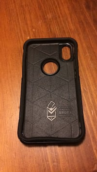 iPhone X Otterbox case