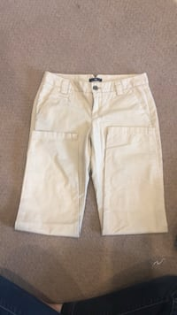 white and gray cargo shorts Fairfax, 22030