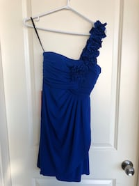 BRAND NEW Sweet storm blue dress size M New Westminster, V3M