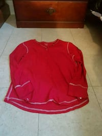 Womens canada shirt size large Kitchener, N2H 4T6