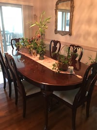 Dining Room Set Yonkers