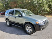 05 Ford Escape. 118k  miles. Runs Exc. Only $3350 Toms River