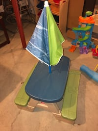 Little Tykes Toddler Picnic Table with Umbrella
