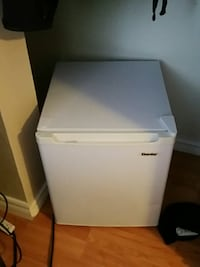 Danby mini bar fridge Kingston, K7K 3J7