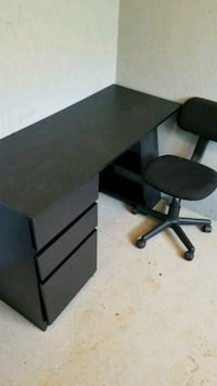 black wooden desk with chair Leicester, 28748