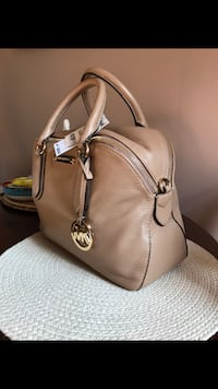 Michael Kors brand new with tags Little Falls, 07424