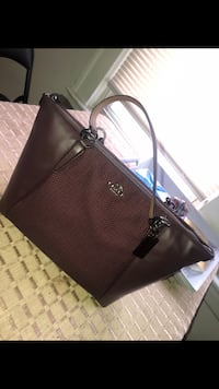 Coach Tote Purse Hillside, 07205