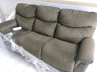 Brand new James Lazy boy power sofa Royal Oak