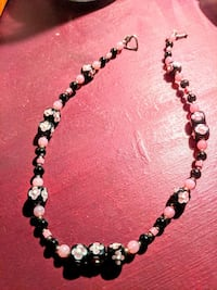 Murano glass necklace and earring set
