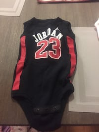 Baby Black and red chicago bulls 23 jersey 536 km