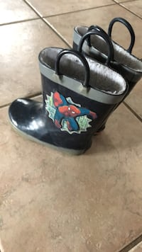 Toddler size 8 Rain Boots  Wilmot, N3A