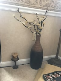 black and brown wooden table decor Ashburn