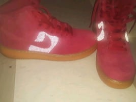 Nike air sneakers size 9.5