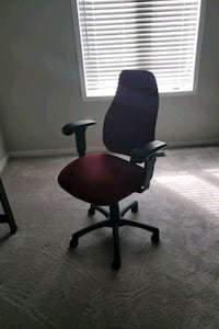 Office chair with lumbar support Caledon, L7C 3P9