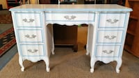 DIXIE FURNITURE FRENCH PRIVINCIAL DESK