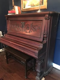 wonderful upright piano PURCELLVILLE