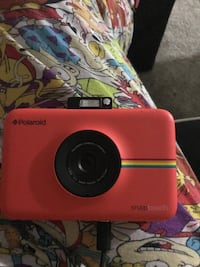 PolaroidSnap TouchPortable InstantPrint DigitalCamera Read description