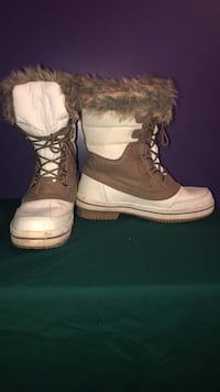 Pair of brown-and-black duck boots Edmonton, T6T