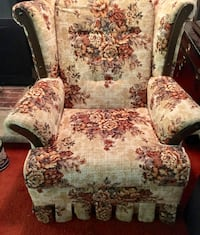 brown and white floral 3-seat sofa Central Square, 13103