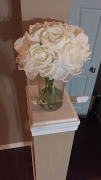 Decor flowers in base 7 dollars paid 20 at winners  Edmonton, T6X 0K1