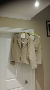 Ladies Suede Suit  Vaughan, L6A 1A8