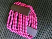 pink and white beaded necklace 2328 mi