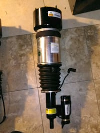 2003 Mercedes S430 4matic Air Front and back Strut Temple Hills, 20748