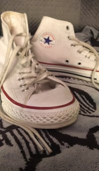 Pair of white converse all star high top sneakers Hollister, 95023
