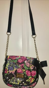Betsey Johnson cross bag Richmond Hill, L4C 6Z9