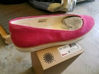 pair of pink suede flats Gilroy, 95020
