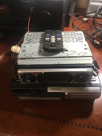 Sony remote control head unit with disc changer Algonquin, 60102