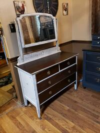Antique dresser done in a creamy colour and ebony stain with a distres Ottawa, K1L 6V1